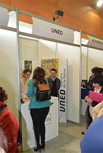 Stand UNED en III Feria de Empleo y Emprendimiento. Talavera Ferial. UNED Talavera de la Reina
