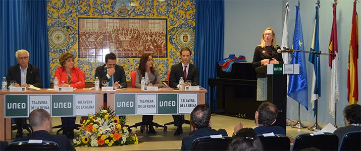 Conferencia de Margarita Cerro durante el Acto de Apertura del curso 2018/19. UNED Talavera de la Reina